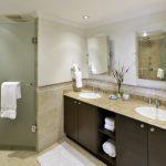 sapphire beach 407 bathroom